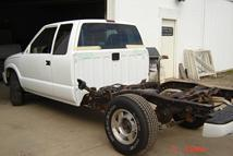 Southern Truck installs Texas rust free Chevy S10 extended cab assembly.