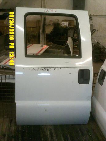 2008 2009 2010 2011 2012 SUPER DUTY FORD CREW CAB DOOR. EXCELLENT CONDITION, LIGHT SCRATCHES AND SCUFFS. INVENTORY #12792
