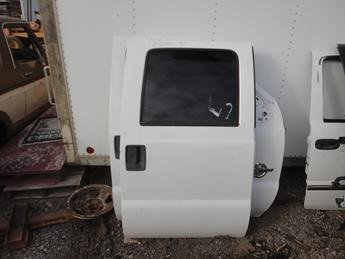 08-15 FORD SUPER DUTY CREW CAB RIGHT REAR DOOR. GOOD CONDITION, MISSING DOOR PANEL. #12860