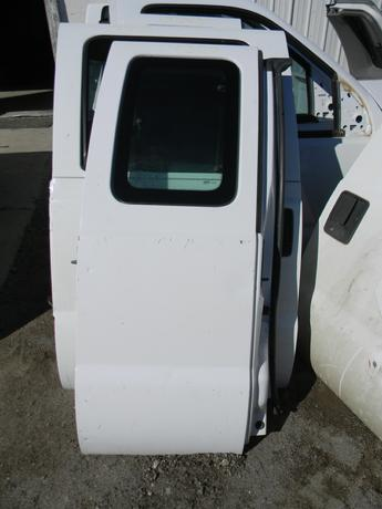 2008 2009 2010 2011 2012 2013 2014 2015 2016 FORD SUPER DUTY PASSENGER SIDE REAR EXTENDED CAB DOOR. OKAY CONDITION- FEW SMALL DINGS. RUST FREE. #14307