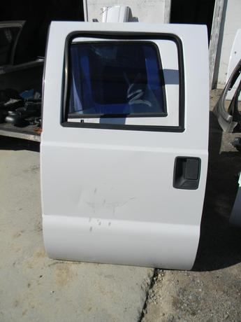 2008 2009 2010 2011 2012 2013 2014 2015 2016 FORD SUPER DUTY DRIVERS REAR CREW CAB DOOR. GREAT CONDITION- COUPLE DEEP SCUFFS. #14309