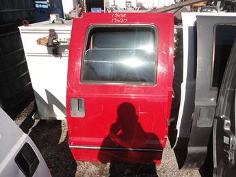 2008 2009 2010 2011 2012 2013 2014 2015 2016 FORD SUPER DUTY CREW CAB PASSENGER REAR DOOR. POWER WINDOW AND MISSING THE INSIDE PANEL. GOOD CONDITION- A FEW SCATTERED DINGS, SCUFFS, AND SCRATCHES. #13637