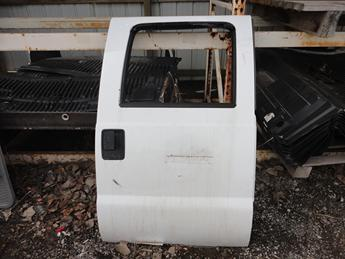 2008 2009 2010 2011 2012 2013 2014 2015 2016 FORD SUPER DUTY RIGHT REAR PASSENGER CREW CAB DOOR. GOOD CONDITION- RUST FREE. #13745