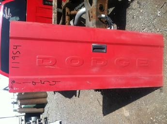 Dodge Tailgate on 2004 Dodge Durango Custom Parts