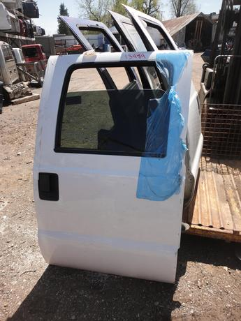 1999 2000 2001 2002 2003 2004 2005 2006 2007 FORD SUPER DUTY CREW CAB DOOR. GREAT CONDITION- LIGHT SCRATCHES #13484