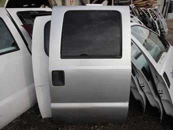 1999 2000 2001 2002 2003 2004 2005 2006 2007 FORD SUPER DUTY PASSENGER REAR CREW CAB DOOR. GREAT CONDITION, POWER WINDOW, RUST FREE. #13724