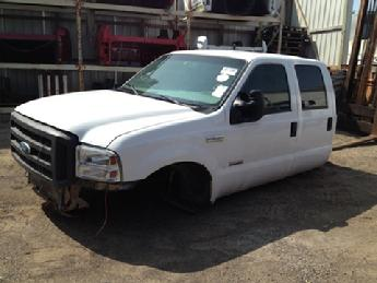 1999 2000 2001 2002 2003 2004 2005 2006 2007 Ford Superduty complete crew cab with doors.  Very good condition, some paint chips along the lowers. Some dings on front right lower door and under left front door handle.  Some dings also on top rail above door window.  Inventory #11892.