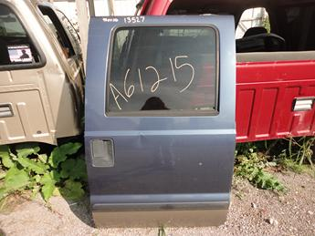 1999 2000 2001 2002 2003 2004 2005 2006 2007 FORD SUPER DUTY CREW CAB RIGHT REAR DOOR. GOOD CONDITION BESIDES THE ONE DENT IN THE CENTER. POWER WINDOW. #13527