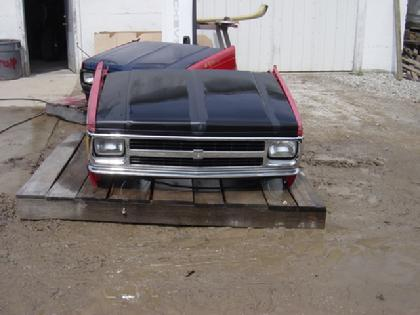 1982 1983 1984 1985 1986 1987 1988 1989 1990 1991 1992 1993 Chevrolet S10 front clip.  Very nice condition, hood & grille are new, fenders are in nice shape.